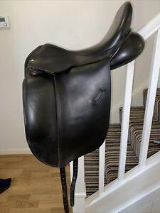 18 Inch Ideal Suzannah Dressage Black Leather Saddle Medium Width