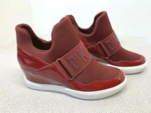 DKNY Women's Cosmos Fabric Pull On Fashion Sneakers - Red - Size 6M   (E-24)