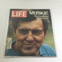 VTG Life Magazine: November 5 1971 - Muskie The Democrats' Front-Runner