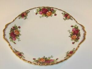 """Royal Albert Old Country Roses 9"""" 2 Handled Cake Sandwich Serving Plate c1970 VG"""