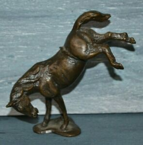 VINTAGE BRONZE/BRASS SMALL HORSE FIGURINE ON STAND ON FRONT LEGS