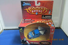 Muscle Machines Monster Garage Tree Shaker  1:64 Scale NIB