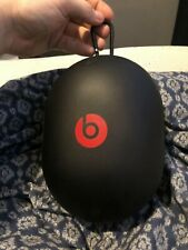 Dr Dre beats headphones carrying case