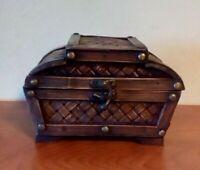 """Primitive Wooden Jewelry Treasure Chest Small 7 1/2"""" Long Lattice Wicker Design"""