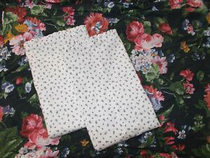 2 Rare Ralph Lauren Cossette Calico Black Floral Standard Pillowcases Isadora