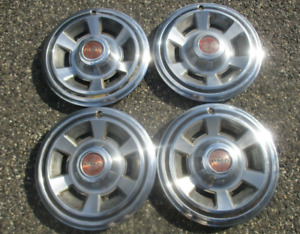 Factory 1969 1970 Pontiac LeMans Firebird Tempest 14 inch hubcaps wheel covers