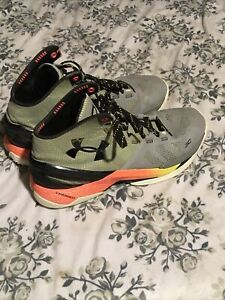 UNDER ARMOR Curry 2 Charged SHARPENS IRON MENS ATHLETIC BASKETBALL SHOES SIZE 10