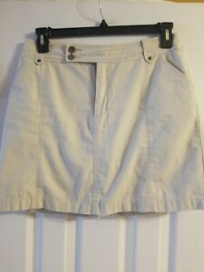 Sonoma Skort Size 10 beige, self lined 16 inches long Originally $30