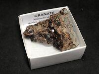 GRANATE - Garnet - La Cala, Huelva - CAJITA - SPANISH MINERAL BOX 4x4 D918