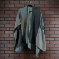 GF COLLECTION Colorblock Fall Poncho Shawl Cape Blanket Style Gray Tan One Size