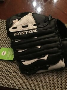 "Easton Fast Pitch Elite 11"" Youth Baseball Glove - Right Hand Thrower NS11FP"