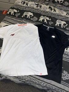 new balance t shirt xl.. X2