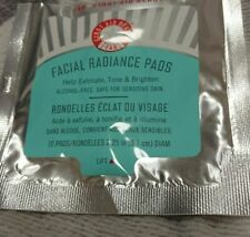 FIRST AID BEAUTY Fab Facial Radiance Pads Pack of 10 Exfoliate Tone Sensitive