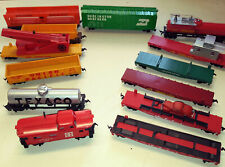 13 Used HO Trains Stock - Caboose - Flat cars - Box cars - Tankers and more