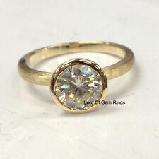 Gold,Bezel 7mm Round,Wedding Band Moissanite Diamonds Engagement Ring,14K Yellow