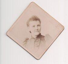 Vintage CDV Sconosciuta Donna Forma di Diamante Kuebler Foto Philadelphia