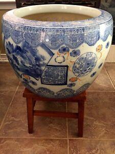 Rare Large Japanese Ceramic Imari Hibachi Jardinière Stamped Marked