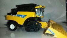 1/64 ertl custom new Holland cr9040 combine with smarttrax 2 tracks farm toy