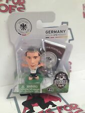 SoccerStarz Germany Deutscher LUKAS PODOLSKI GREEN base sigillato in confezione blister