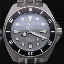 Raven Solitude Mens 40mm Stainless Steel Automatic 300m Divers Watch Gray w Box
