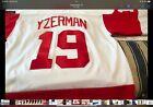 Steve Yzerman autographed jersey, CCM Replica, used, Mens, size Large