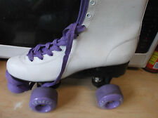 Women Purple & White Roller skates size 7, heel to toe 9 7/8 inches