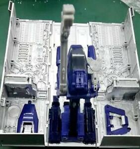 Hot Transformers MP-10 TE01 MP44 Optimus Prime Trailer (ROLLER & AXE INCLUDED)
