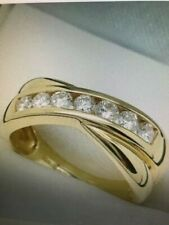 Beautiful 18ct yellow gold and diamond crossover ring