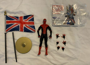 Diamond Select Disney Exclusive Marvel Spider Man Far From Home Figure