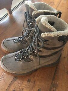 VASQUE #7805 POW POW Ultra Dry Waterproof Winter Snow Boots Women's 9 M Gray