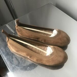 Ugg Australia Slippers / Pumps Size 5.5 Uk Chestnut Good Condition