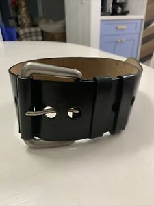 MICHAEL KORS Black Thick LADIES Leather Belt Size XS Made in Italy PRE OWNED