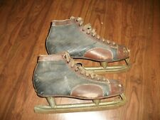 Vintage Ice Skating Shoes 👠 Leather