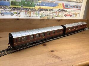 2 x Hornby LMS Stanier Coaches R474 Corridor 1/3 4120 & R475 Brake 3rd 5714 VGC