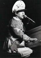 ELTON JOHN PHOTO 1982 UNIQUE UNRELEASED IMAGE WEMBLEY  STUNNING  EXCLUSIVE GEM