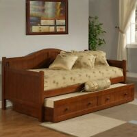 Hillsdale Staci Wood Daybed in Cherry Finish With Trundle