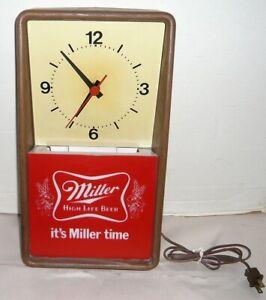 VINTAGE 1980'S MILLER TIME HIGH LIFE BEER WALL CLOCK