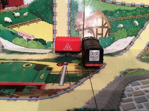 thomas the tank engine trackmaster trains Diesel And Explosive 🧨 Truck