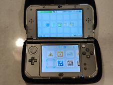 Nintendo New 3DS XL + 11 games + accessoiries