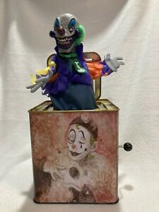 Scary Creepy Clown Talking Jack in the Box HALLOWEEN Electronic Toy