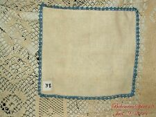 ANTIQUE AWESOME VINTAGE HAND CROCHET TRIMMING LINENS HANDKERCHIEF COLLECTIBLE