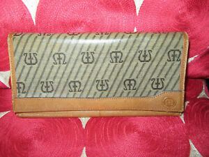 Vintage Maderna saffiano leather wallet purse clutch  lovely con  bifold tan