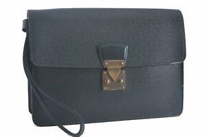 Authentic Louis Vuitton Taiga Kourad Clutch Bag Green M30194 LV C4665