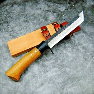 Japanese Collectible Fixed Blade Handmade Knife Forged Damascus Steel Tanto Wood