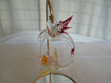 Hand crafted art glass hummingbird ornament w/mirrored stand