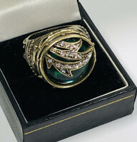 Vintage Statement Ring Gold Tone Signet Green Glass & Diamante Size Q Sparkly