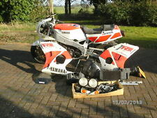 Yamaha FZR 400 spares or repair.