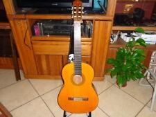 YAMAHA CG102  Classical Acoustic Guitar w/ hard case
