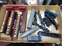Job lot of OO Gauge Hornby/Triang Coaches and Locos - Ideal for scrapyard