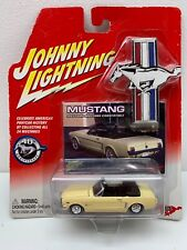 JOHNNY LIGHTNING 40Th ANNIVERSARY 1965 Ford Mustang Convertible